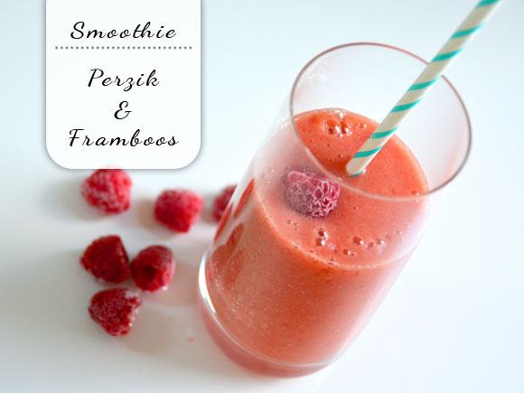 Verse perzik smoothie met framboos
