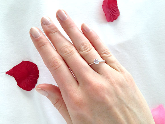 Romano heeft me ten huwelijk gevraagd!!