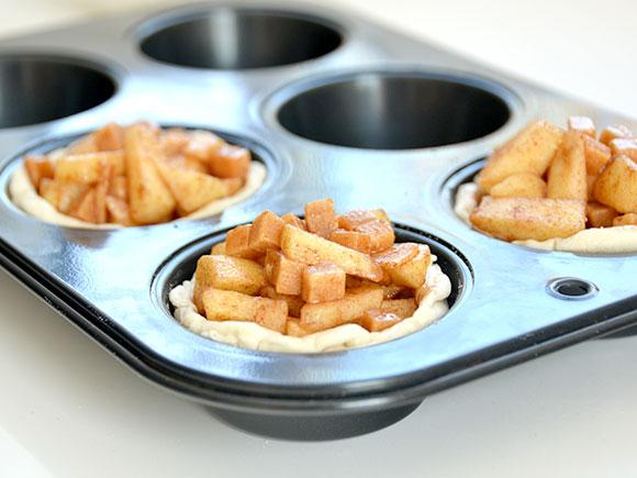 Mini appeltaartjes met karamel