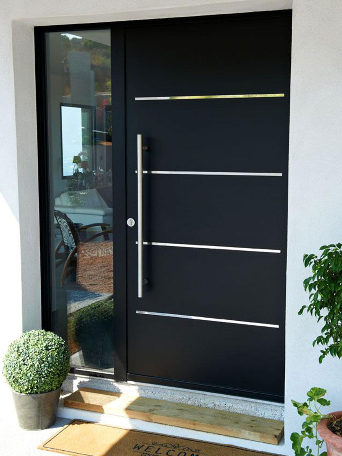 Welke voordeur past het beste bij jouw huis my simply for Peindre fenetre aluminium