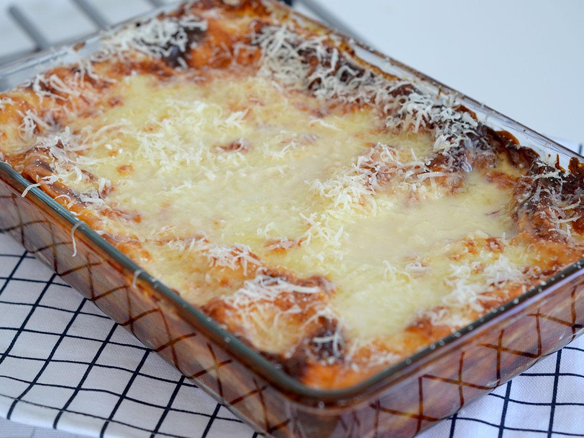 Romano's lasagne