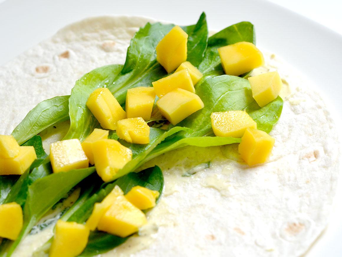 Wraps met mango, avocado en munt
