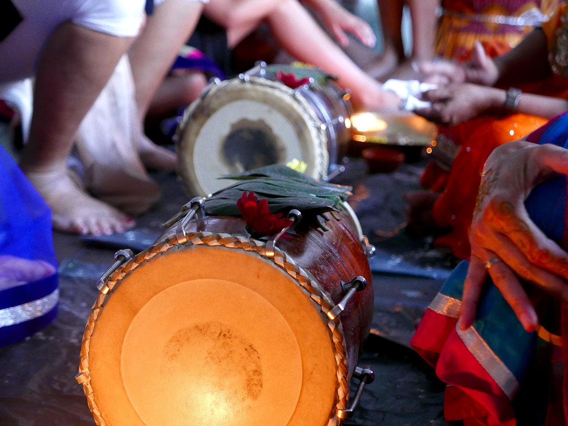 Onze Hindoestaanse bruiloft: Henna avond