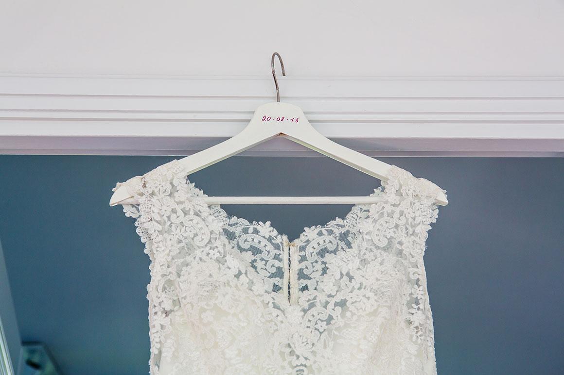 Onze bruiloft: DIY persoonlijke hangertjes
