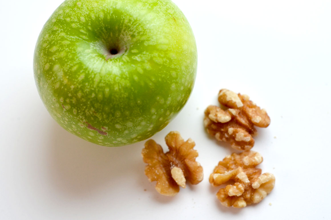 Makkelijke amuse met brie en appel