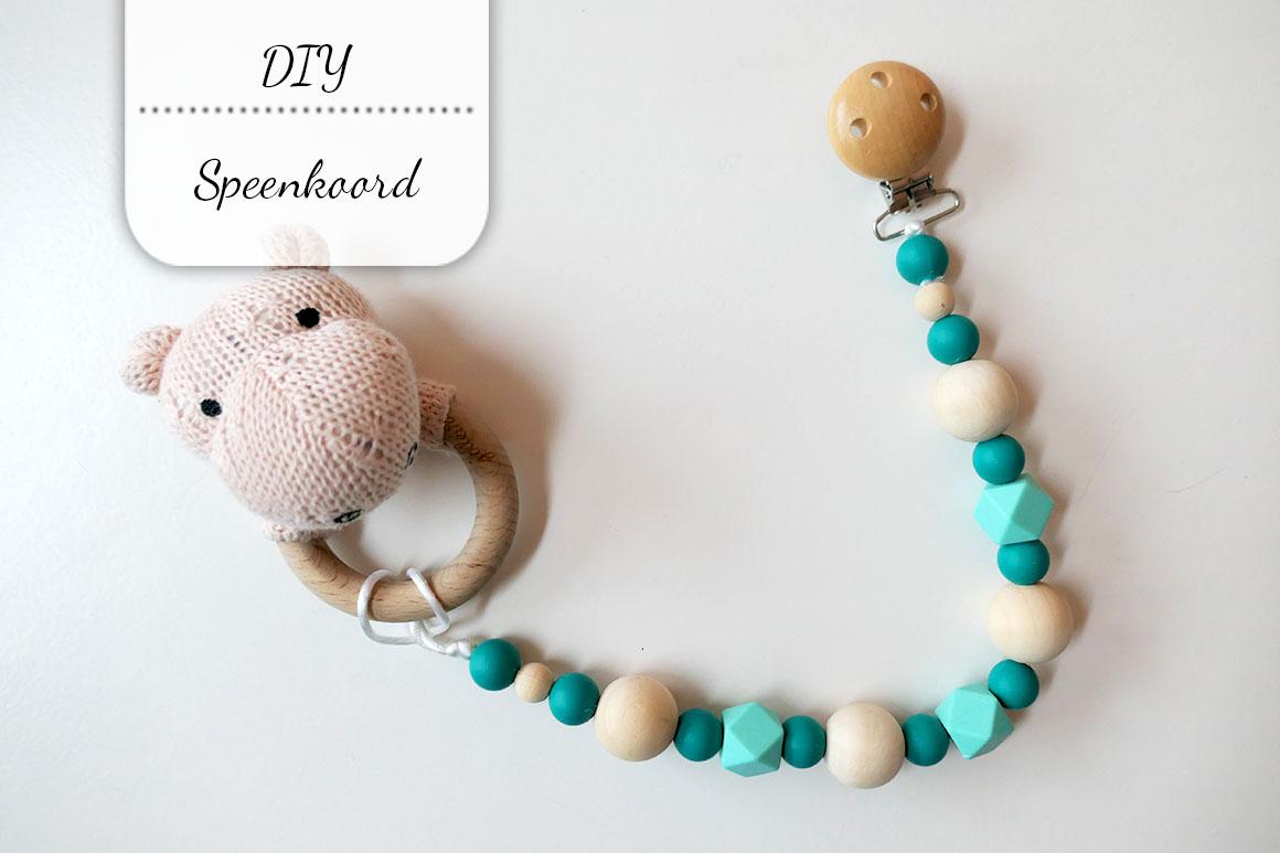 DIY: Speenkoord (handig voor speelgoed)