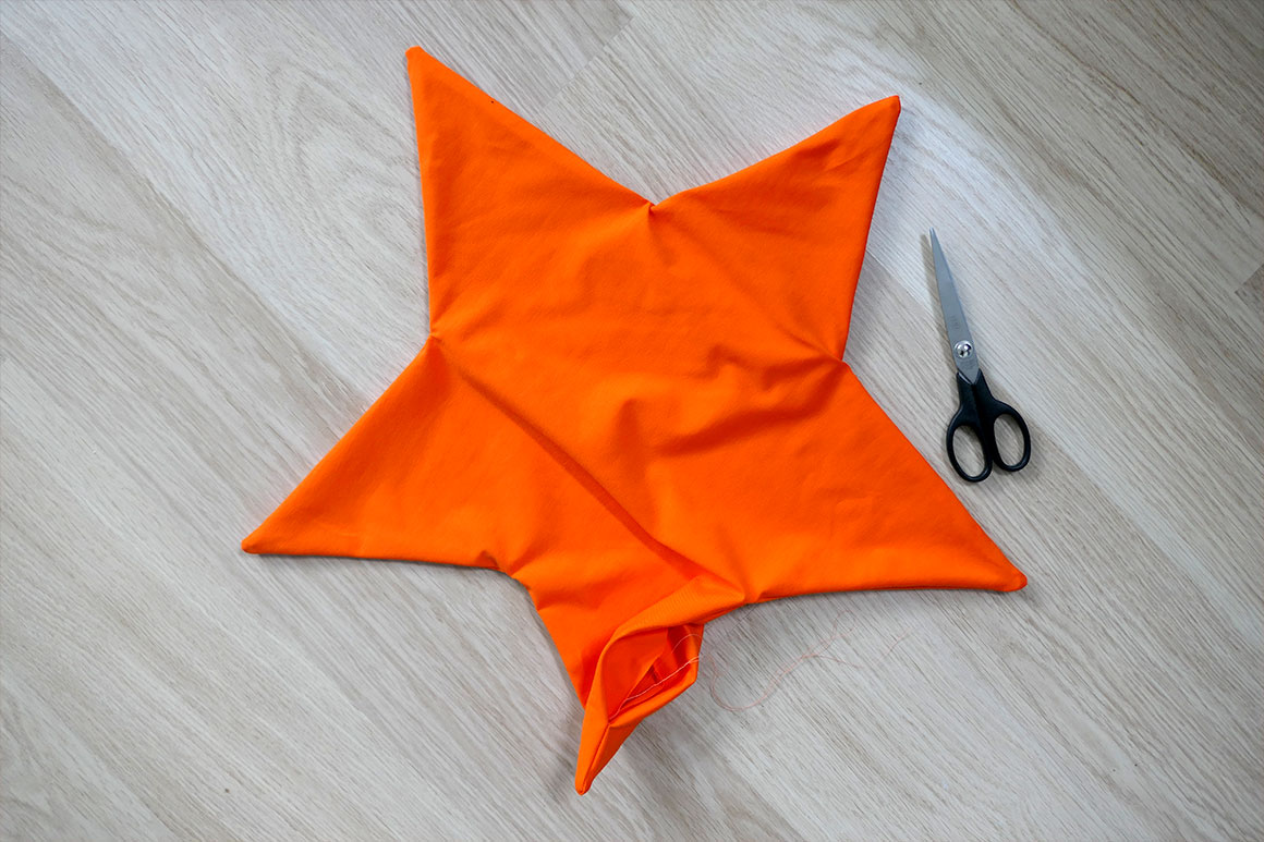 DIY: stervormig kussen voor de kinderkamer