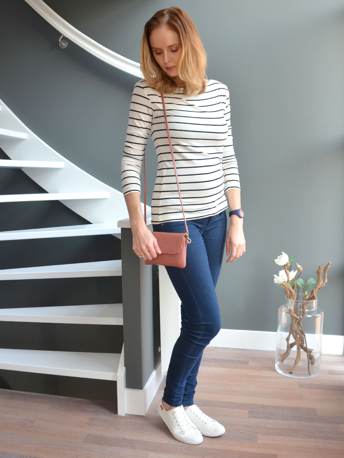 Outfit: Lace & Stripes