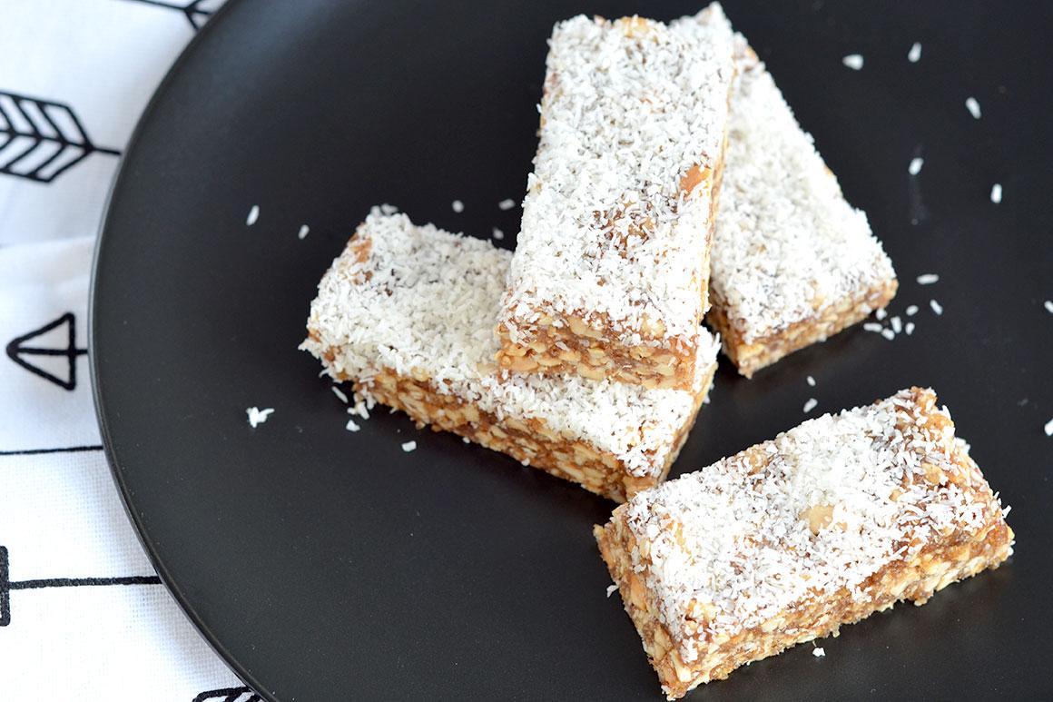 Suikervrije notenrepen met maar vier ingrediënten