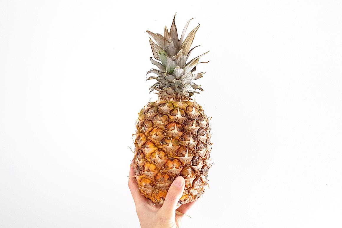 Tropische crumble met mango en ananas